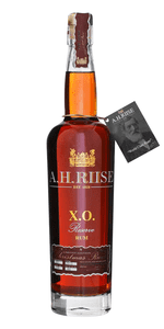 A. H. RIISE Chrismas XO Reserve Rum 2018 40 %